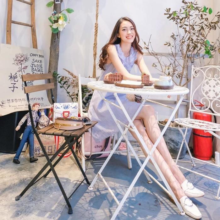 Vẻ đẹp của 9X có đôi chân dài miên man, là thí sinh Hoa hậu Hong Kong