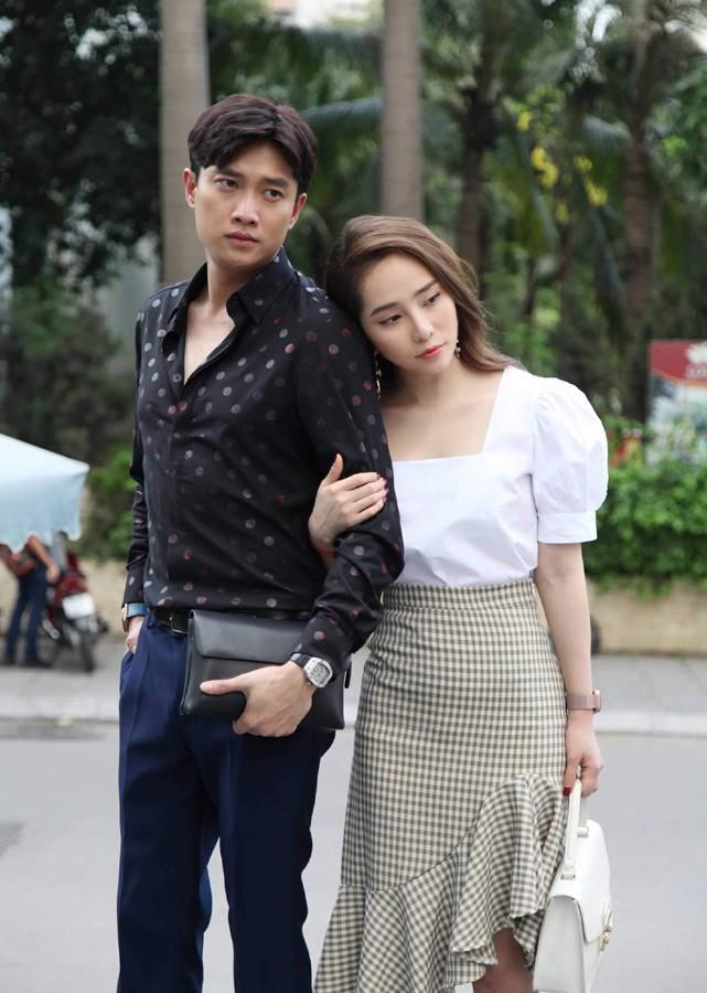 Trở lại màn ảnh hậu ly hôn, Quỳnh Nga liên tục bị netizen chê diễn đơ, thiếu cảm xúc trong Về nhà đi con - Ảnh 4.