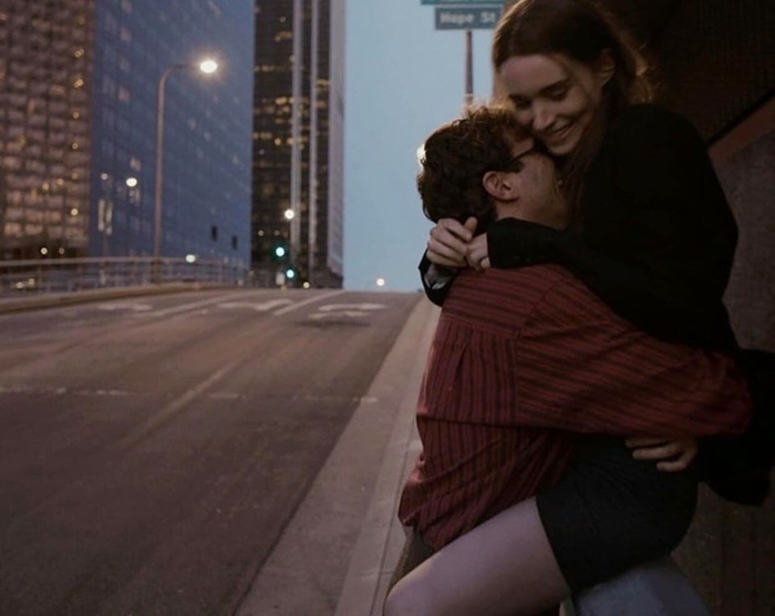Đàn ông biết thương liền gặp đàn bà biết nhớ, đàn ông biết đợi mới gặp đàn bà biết chờ