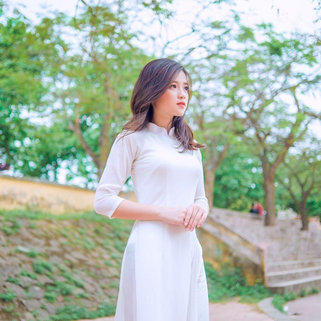 Girl xinh nóng bỏng sở hữu gương mặt giống Linh Ka được lên báo Trung: Mình không thích bị nhìn nhận là giống một ai đó - Ảnh 3.