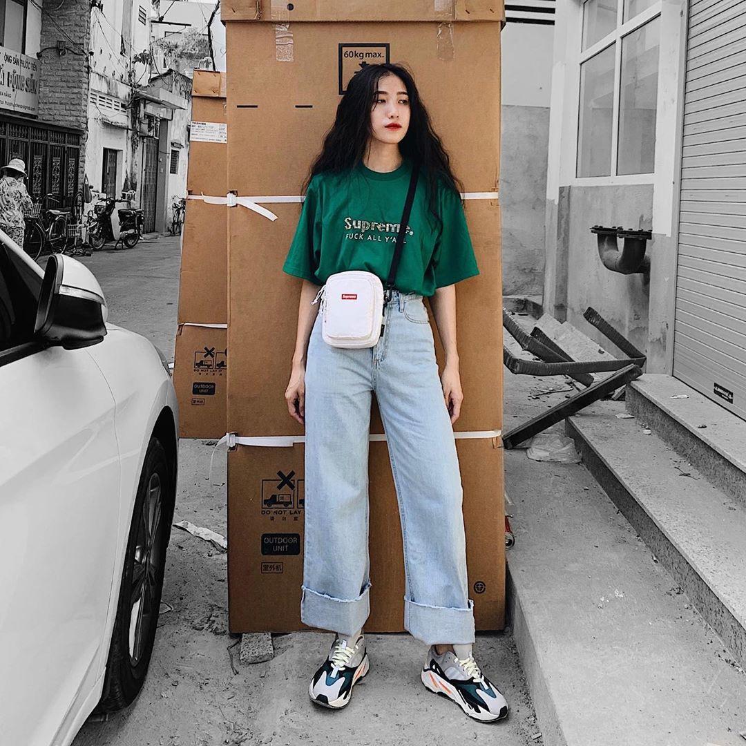 Street style giới trẻ Việt tuần qua: không chỉ đỉnh ở khoản lên đồ mà còn đỉnh ở cả dáng pose chất hơn nước cất - Ảnh 4.