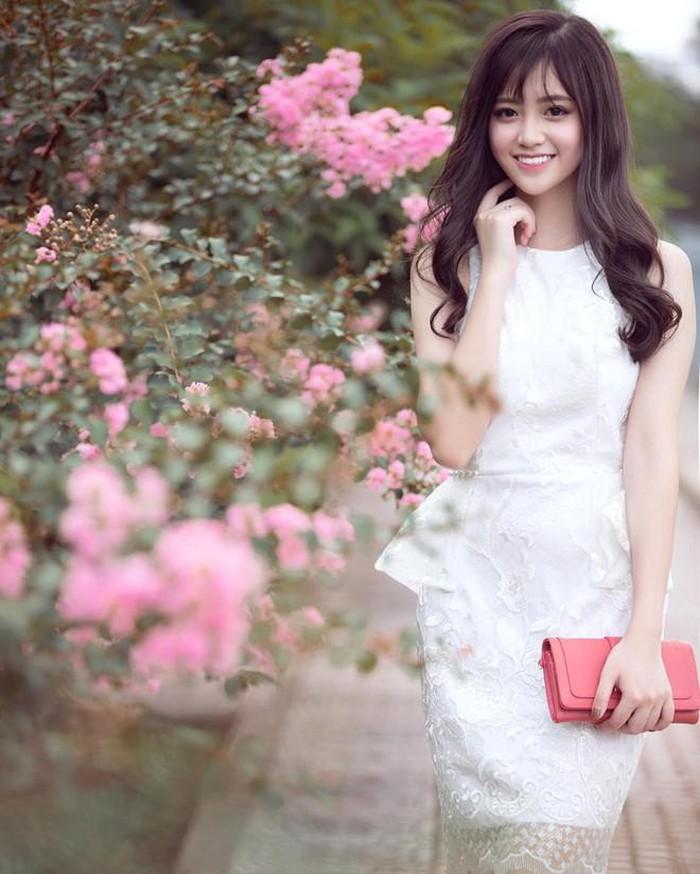 Dàn hot girl Lào Cai 'gây thương nhớ' với nét trong sáng