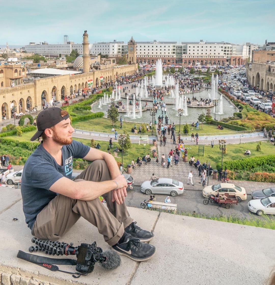 Travel blogger người Mỹ và bảng thành tích du lịch khủng: Đi 133 nước khi mới 26 tuổi, kiếm 25.000 USD mỗi tháng - Ảnh 2.