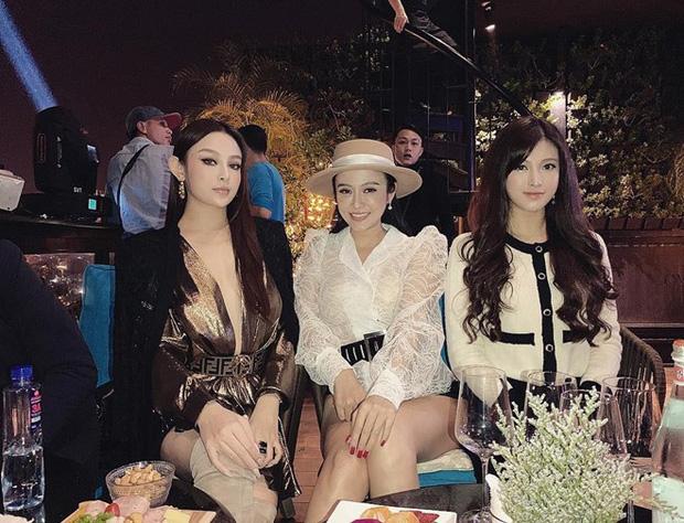Nhà có ba nàng tiên phiên bản hot girl Việt: Xinh đẹp đã là gì, thi hoa hậu rồi học vấn thạc sĩ tiến sĩ có đủ luôn - Ảnh 1.