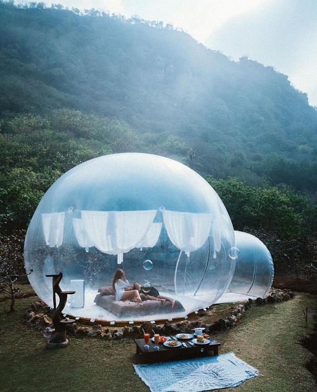 HOT: Đà Lạt lộ diện căn phòng bong bóng y hệt Bali khiến dân mạng người khen kẻ chê, đại diện resort nói gì? - Ảnh 1.