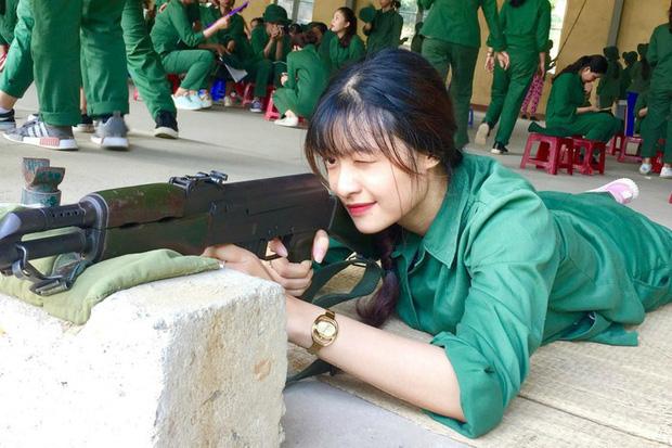 Ảnh 4: Đồng phục học quân sự - We25.vn