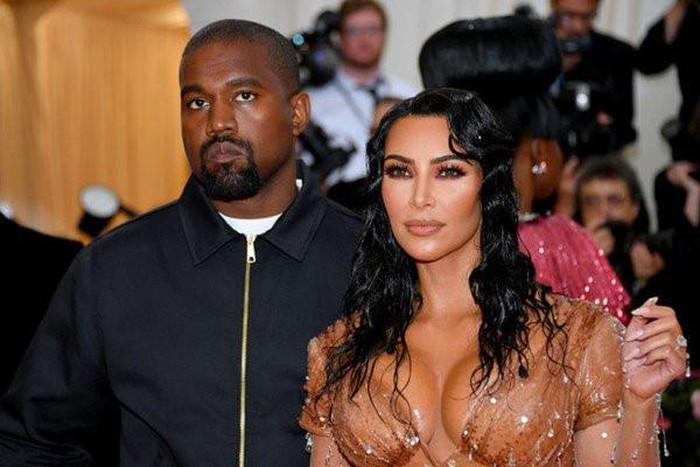 Chiếc vòi nước đặc biệt trong nhà nghệ sĩ 'siêu vòng 3' Kim Kardashian