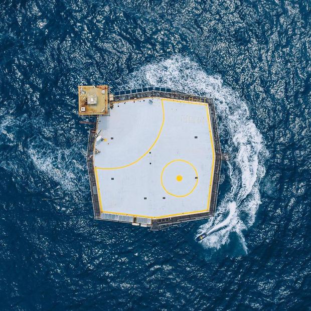 Rùng mình với trải nghiệm ở khách sạn nguy hiểm nhất thế giới, nằm trơ trọi ở độ cao 27m so với mặt nước biển - Ảnh 6.