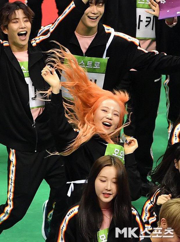 Những khoảnh khắc khoe sắc gây bão tại Đại hội thể thao idol: Người vụt sáng sau 1 đêm, kẻ bị ném đá vì xuống sắc - Ảnh 31.