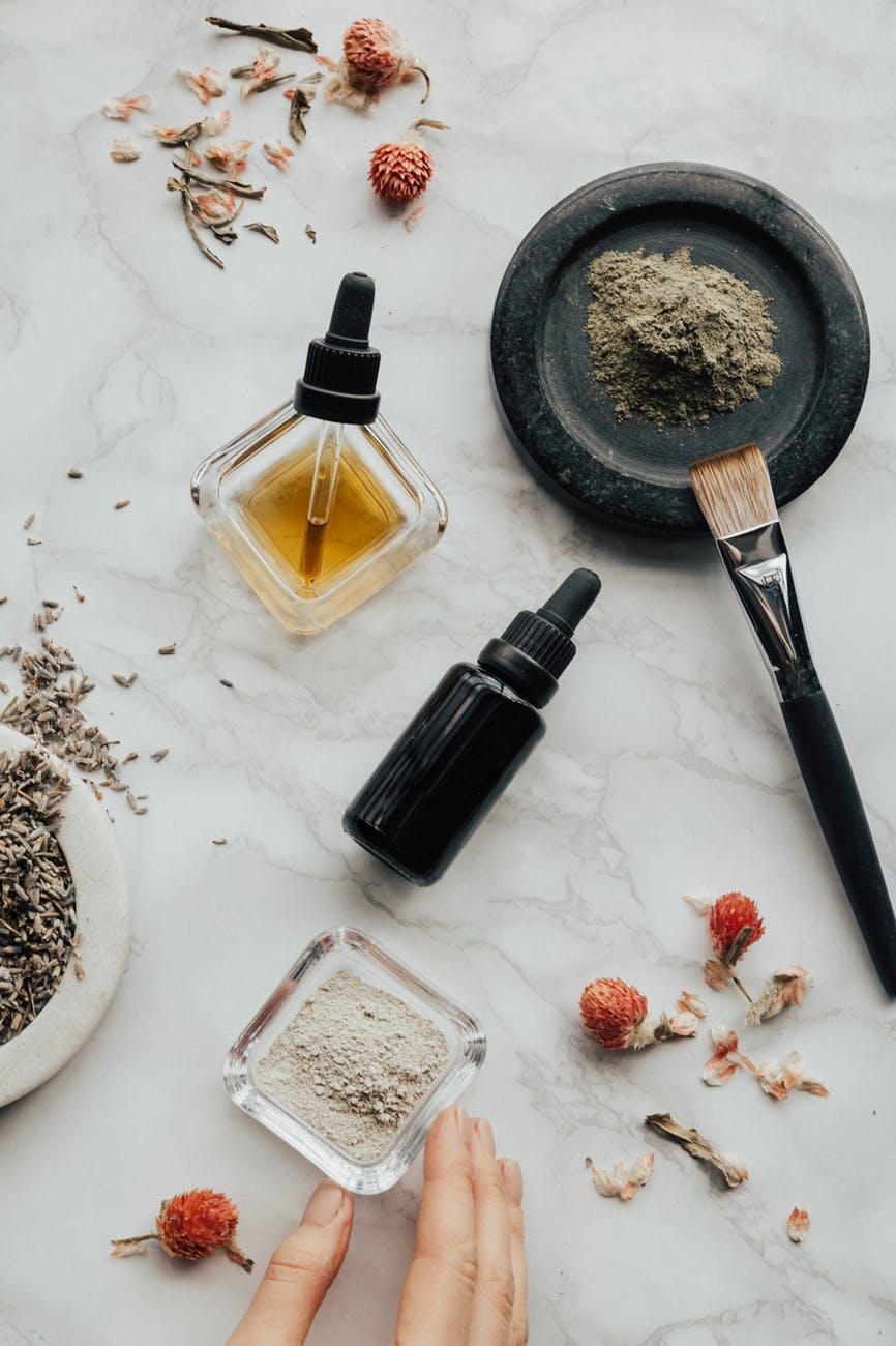 tinh dầu và các loại bột