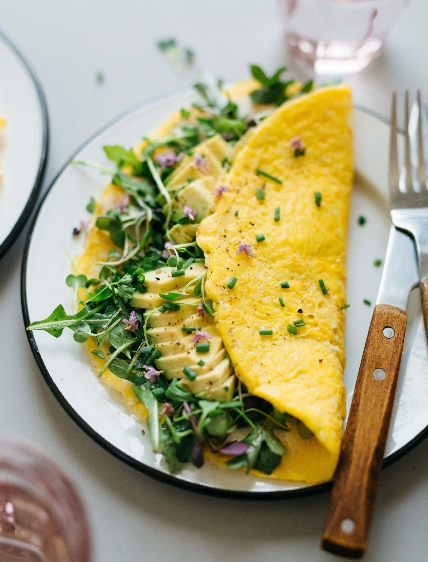 thực đơn ăn uống trị mụn bằng trứng ốp la