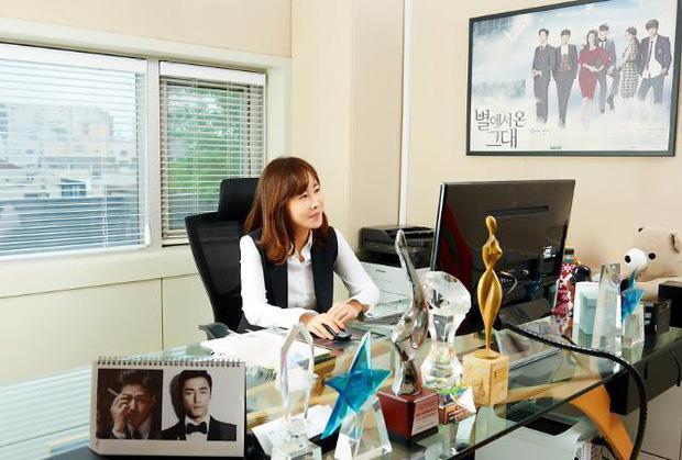 Nữ CEO bị nghi là tiểu tam xen giữa Goo Hye Sun - Ahn Jae Hyun: Con gái chủ tịch, thành tích học tập khủng, bàn tay vàng Kbiz - Ảnh 3.