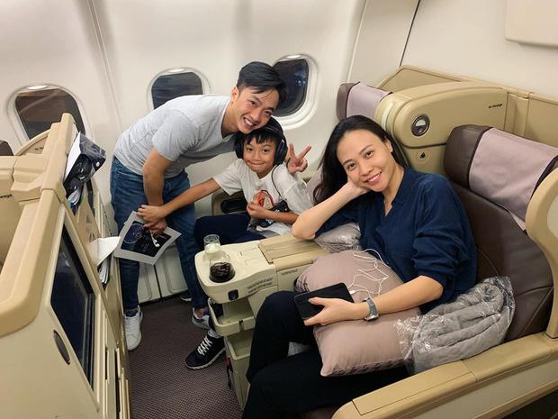 Cường Đô La nhí nhảnh hết mức bên Đàm Thu Trang và con trai Subeo trong chuyến đi nghỉ đầu tiên sau đám cưới - Ảnh 2.