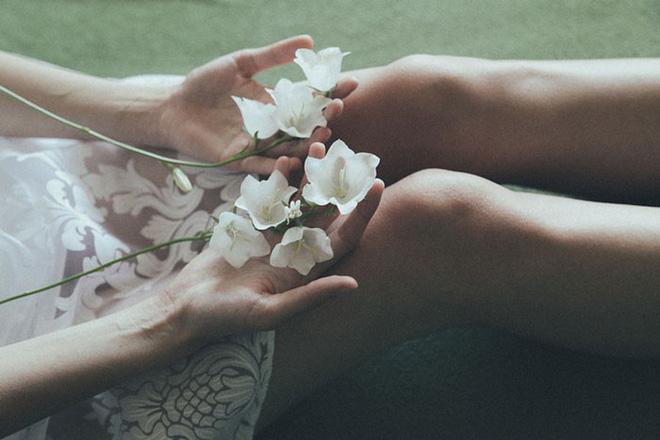 Ngôn tình rồi có lúc 'gió sẽ thổi bay', phụ nữ đã bị dứt tình là phải bản lĩnh: Yêu thì yêu nhưng tiền vẫn cứ phải đòi