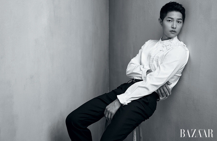 Harper-s-Bazaar-Magazine-July-Issue-17-song-joong-ki-EC-86-A1-EC-A4-91-EA-B8-B0-40614265-1280-831