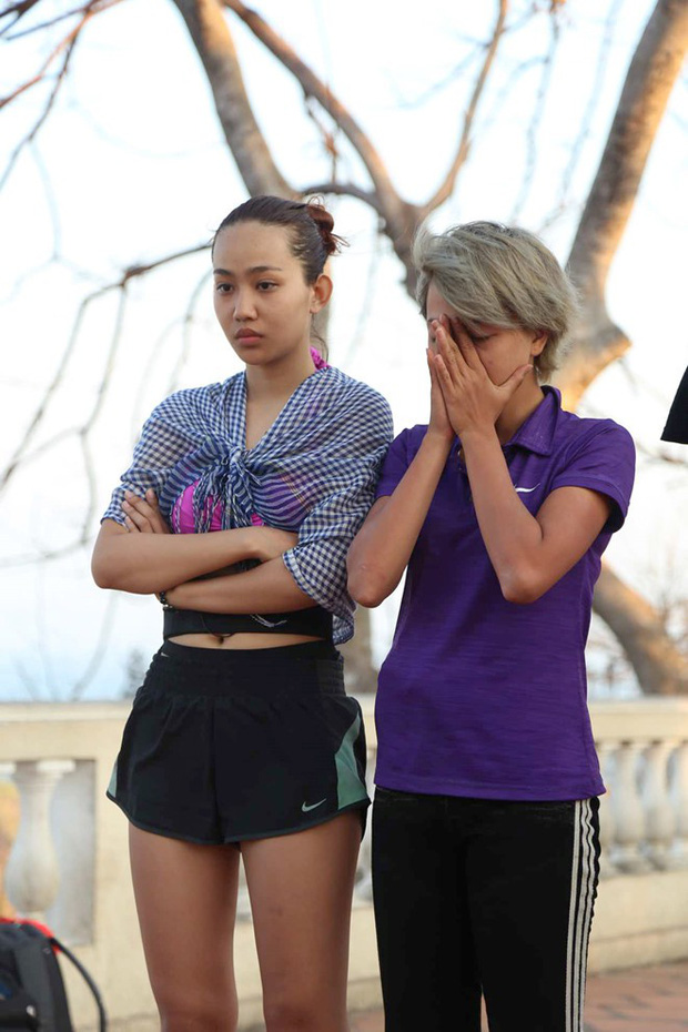 Cuộc đua kỳ thú: Có 3 cô gái từng bị ném đá vì... quá thong thả - Ảnh 4.