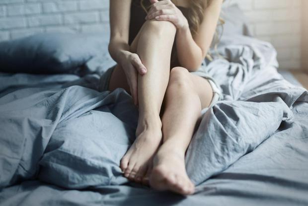 Người mắc hội chứng chân không yên có nguy cơ tự làm hại bản thân cao gần gấp 3 lần so với người bình thường - Ảnh 1.