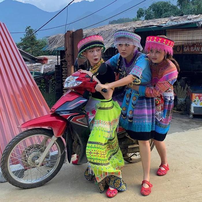 Chi Pu, Quỳnh Anh Shyn và những hot girl thích làm trò 'lầy lội'