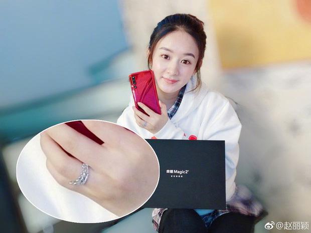 Triệu Lệ Dĩnh khoe series ảnh mặt mộc nhưng câu hỏi lớn nhất của netizen lại là Nhẫn cưới đâu rồi? - Ảnh 5.