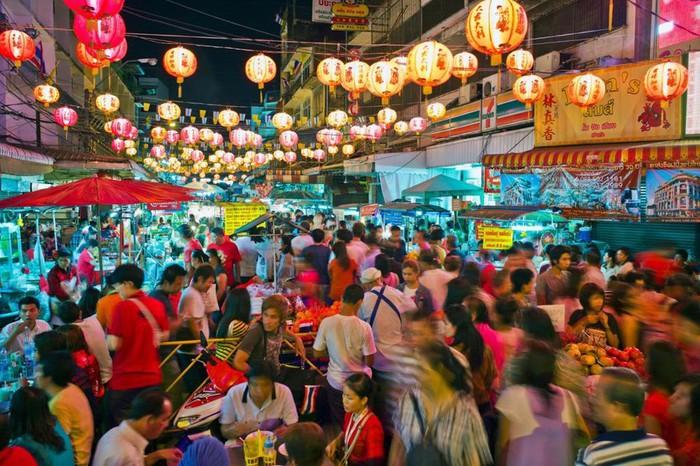 Chợ kẻ cắp độc đáo, thu hút du khách ở Bangkok