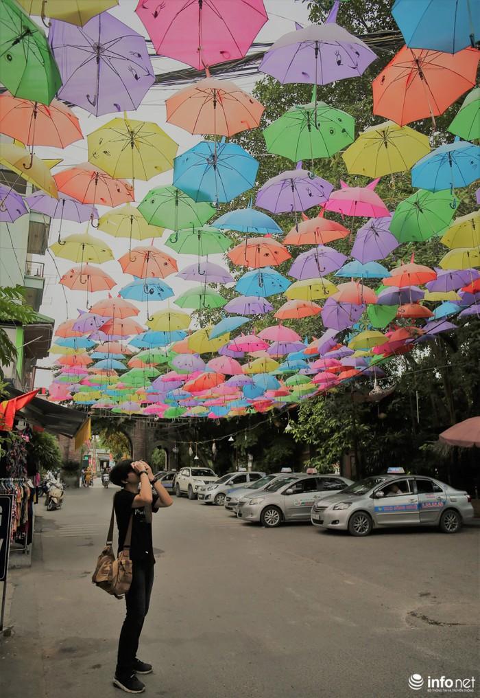 Hà Nội: Con đường 'sống ảo' Vạn Phúc - điểm đến không thể bỏ qua dịp Trung thu