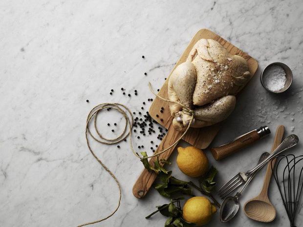 Đây là những loại thực phẩm nên tránh hâm nóng, đun lại nhiều lần vì dễ gây hại tới sức khỏe - Ảnh 1.