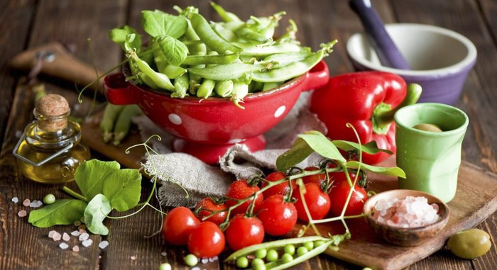 Những loại rau, quả giúp trị bệnh trĩ và táo bón hiệu quả cho dân văn phòng