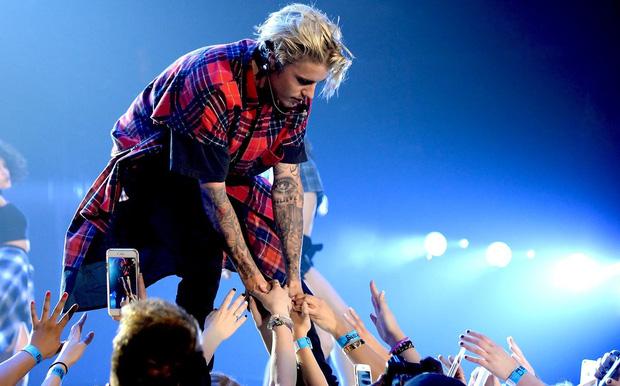 Choáng với tài sản của Justin Bieber và Hailey khi về chung một nhà: Riêng Justin 6000 tỷ, gấp 3 lần Song Song gộp lại - Ảnh 4.