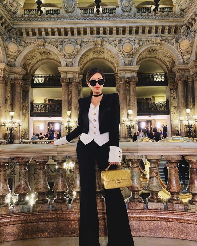 """Rich kid Thảo Tiên vừa lên đồ """"chất ngất"""" đã lọt ngay vào top street style đẹp nhất Paris Fashion Week - Ảnh 1."""