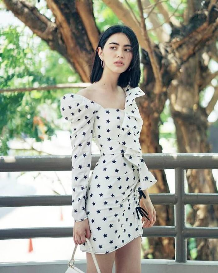 Đã mắt phong cách thời trang sành điệu của 'ma nữ Thái Lan' Mai Davika
