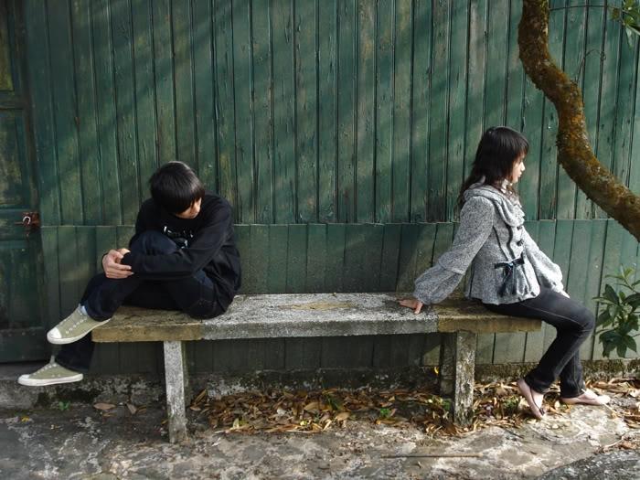 Đừng nóng vội liên lạc với nhau để tránh tình cảm càng rạn nứt