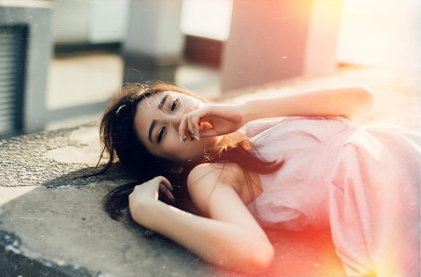 Dù đau khổ vì cuộc tình tan vỡ, phụ nữ cũng đừng làm những điều tổn hại đến mình - Ảnh 2