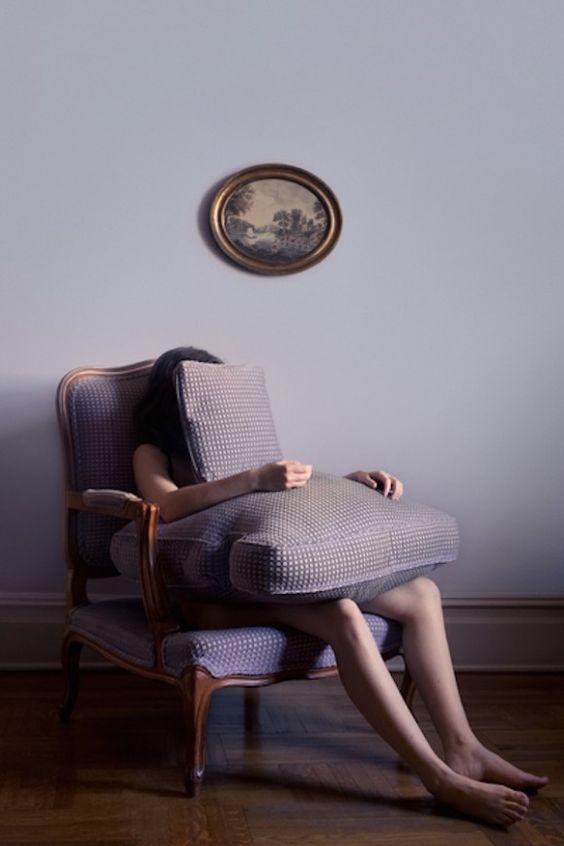 L'inquietudine della psiche negli scatti di Brooke DiDonato | Collater.al