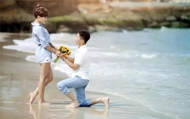 """Ai còn đắn đo trong việc nói lời yêu với Crush hãy """"bơi"""" hết và đây, nhất định """"lúc đi hết mình lúc về hết buồn"""" - Ảnh 1."""