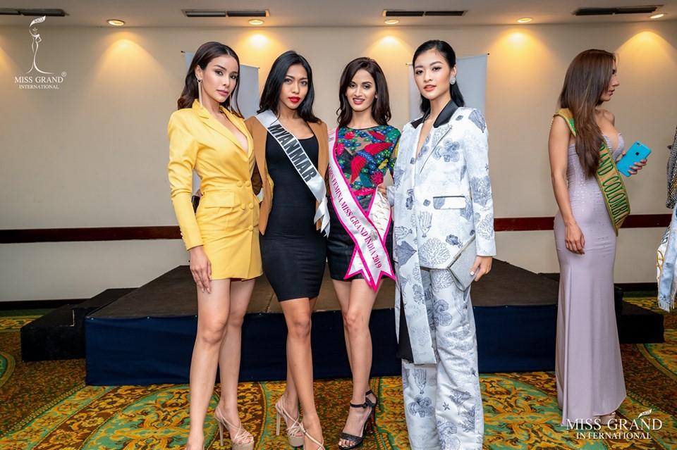 Người đẹp showbiz Việt đi đâu làm gì tuần qua? - Ảnh 3.