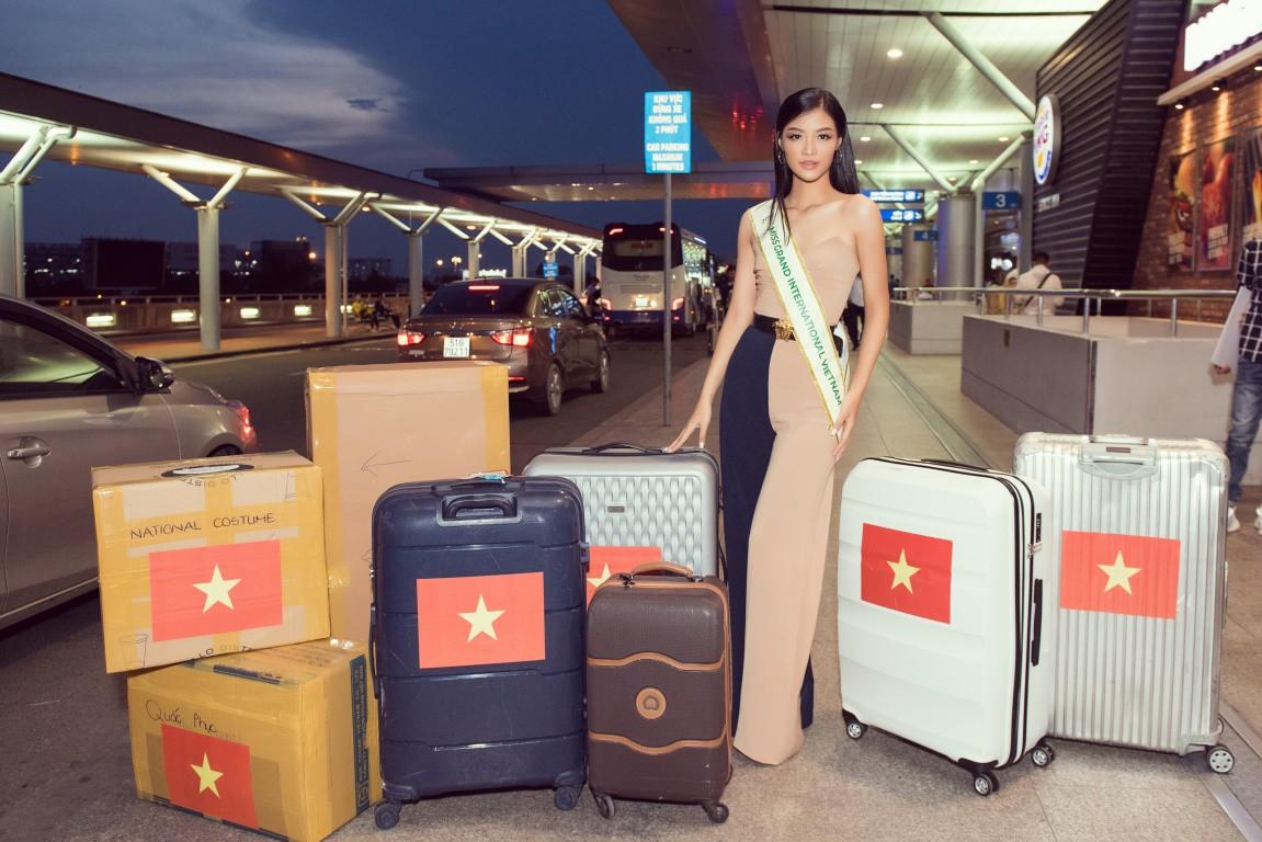 Người đẹp showbiz Việt đi đâu làm gì tuần qua? - Ảnh 2.