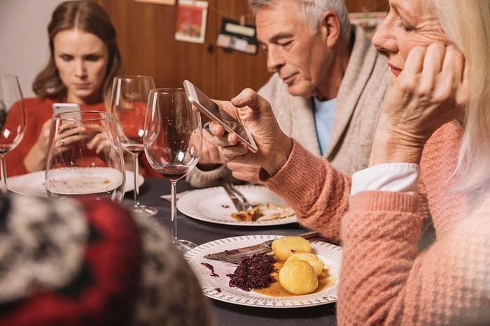 Kỹ năng ăn uống đúng chuẩn của người lịch sự