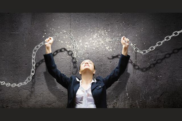 Người biết tận hưởng cuộc sống là người đủ bản lĩnh để từ chối 2 ham muốn này bởi càng níu giữ càng bế tắc - Ảnh 1