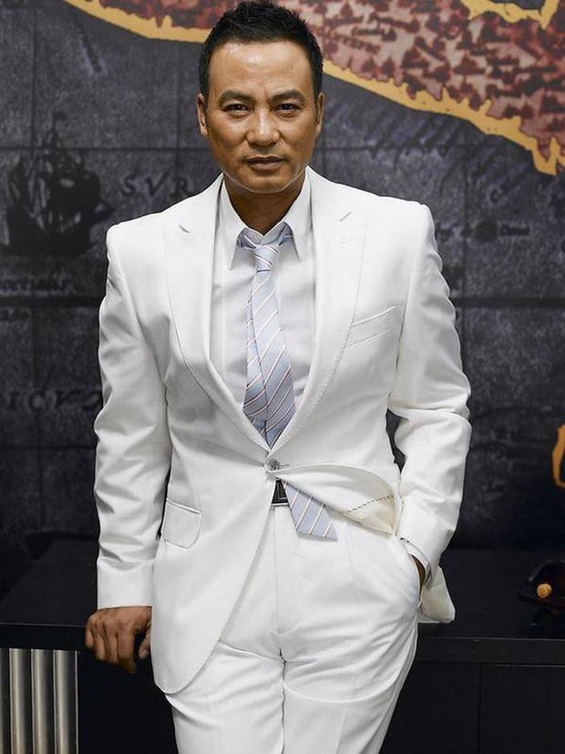 Nhậm Đạt Hoa: Toàn bộ xã hội đen và làng giải trí kính nể, nhưng ông trùm lại rất sợ người này - Ảnh 2.