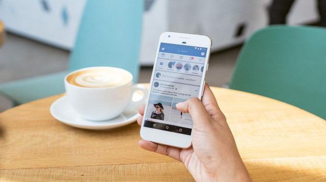 Từ câu mỉa mai của sếp Chúng ta thường đăng Facebook những gì chúng ta không có! cho đến bài học về sử dụng mạng xã hội khôn ngoan cho hội chị em công sở - Ảnh 1.