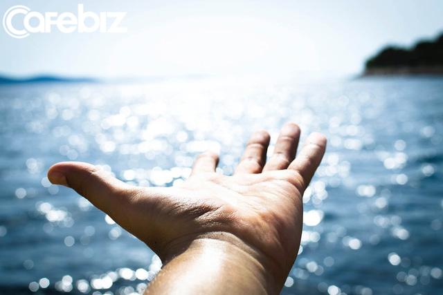 5 dấu hiệu cho thấy bạn đang sống lãng phí: Chưa biết yêu ở độ tuổi 25 là một thiệt thòi lớn! - Ảnh 3.