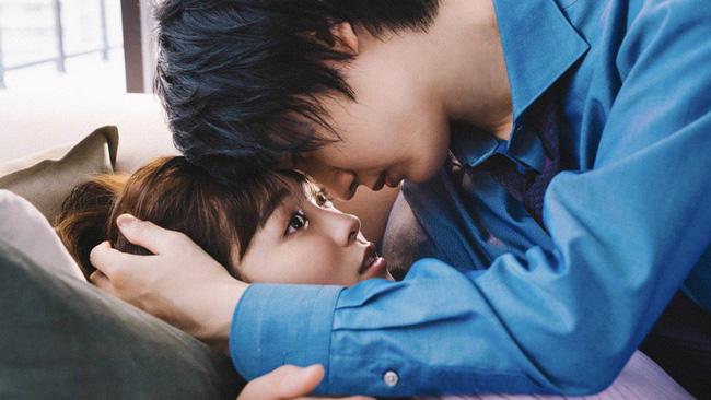 Phụ nữ và những nụ hôn với người đàn ông họ không yêu: những bí mật đến giờ mới được người trong cuộc tiết lộ - Ảnh 2.