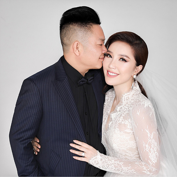 Không cần đoán già đoán non, Thúy Ngân là khách mời Vbiz đầu tiên xuất hiện trong đám cưới Bảo Thy - Ảnh 1.
