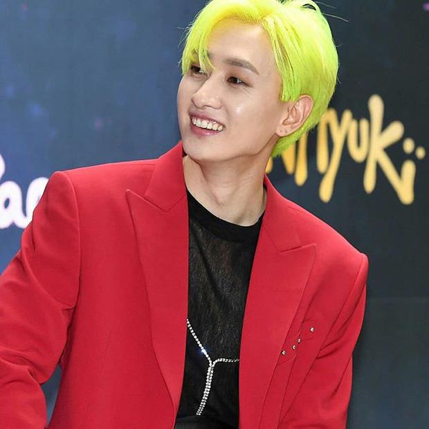 Nam nay idol Hàn nhuộm rất nhiều màu tóc chóe lọe và đây là 7 tông ấn tượng nhất - Ảnh 6.