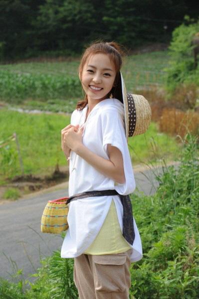 Nhìn lại show làm nên tên tuổi Goo Hara: tiếc nuối trước nụ cười làm chao đảo Kpop một thời - Ảnh 2.