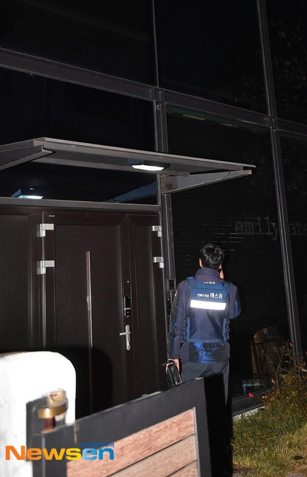 Cận cảnh hiện trường tại ngôi nhà Goo Hara vừa qua đời ở Cheongdamdong - Ảnh 8.
