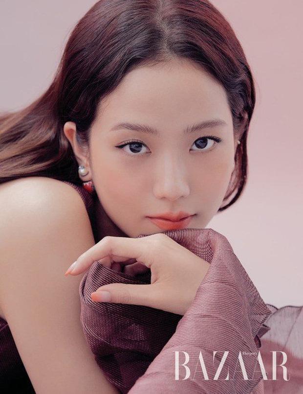 Chỉ với 3 bức ảnh tạp chí, Jisoo chứng minh nhan sắc nữ thần đẹp nhất thế hệ Gen3 - Ảnh 1.