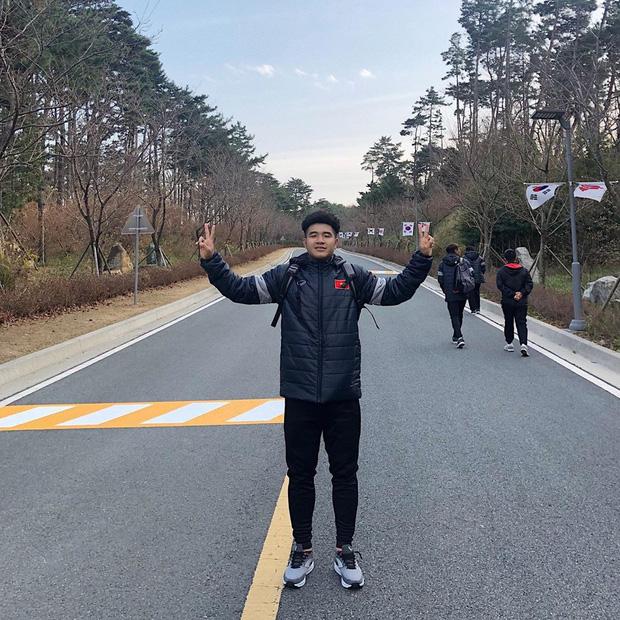 Dàn nam thần U23 Việt Nam khoe hình tập huấn ở Hàn Quốc: Một khi đã phải lòng thì đi đâu, làm gì xem cũng thích - Ảnh 8.