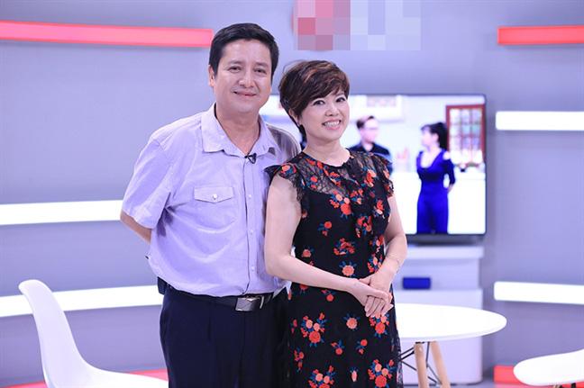 Trước khi ly hôn, Chí Trung - Ngọc Huyền từng tình cảm trên sóng truyền hình khiến Việt Hương, Đại Nghĩa cũng ghen tị - Ảnh 3.