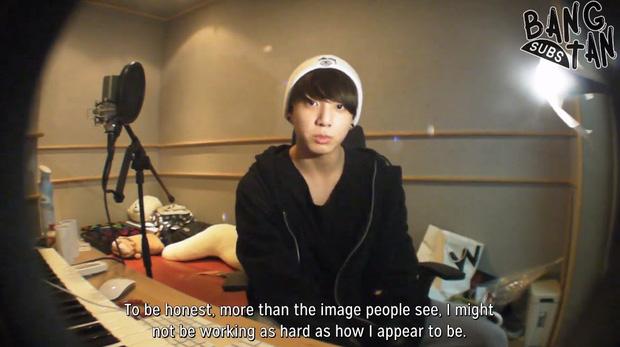 Ai ngờ sau 7 năm, 7 mơ ước năm nào của Jungkook (BTS) đều thành hiện thực: Điều ước về bố mẹ thành công ngoài mong đợi - Ảnh 1.